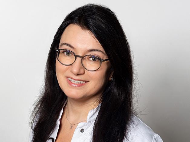 Radmilla Razlaf, Gynäkologie Dr. med. Matthias Wolfgarten Bonn